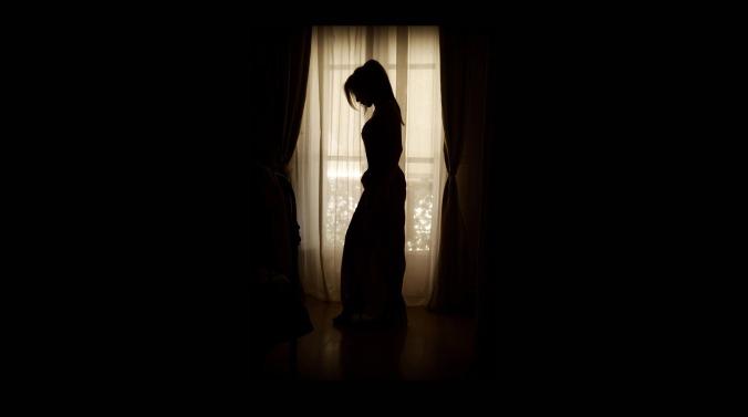 woman-994737_1920